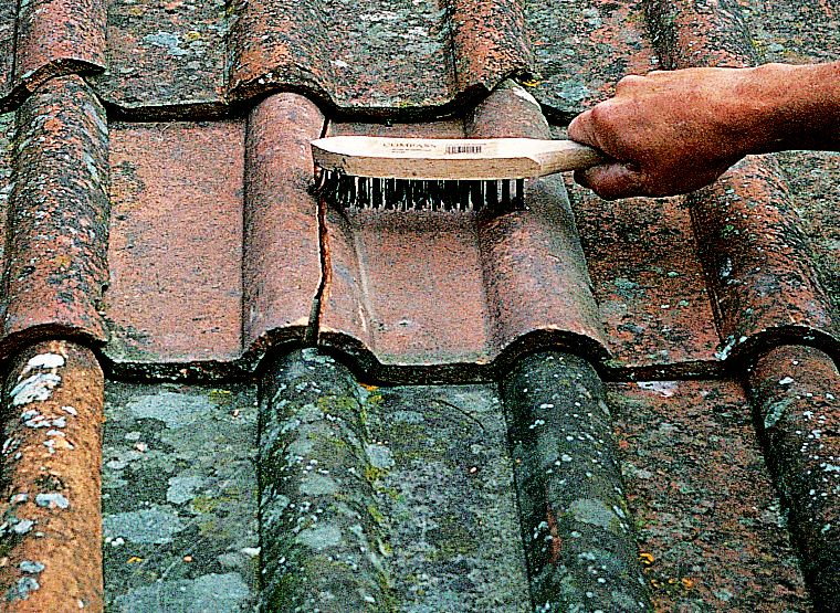 How To Repair A Roof Ideas Amp Advice Diy At B Amp Q