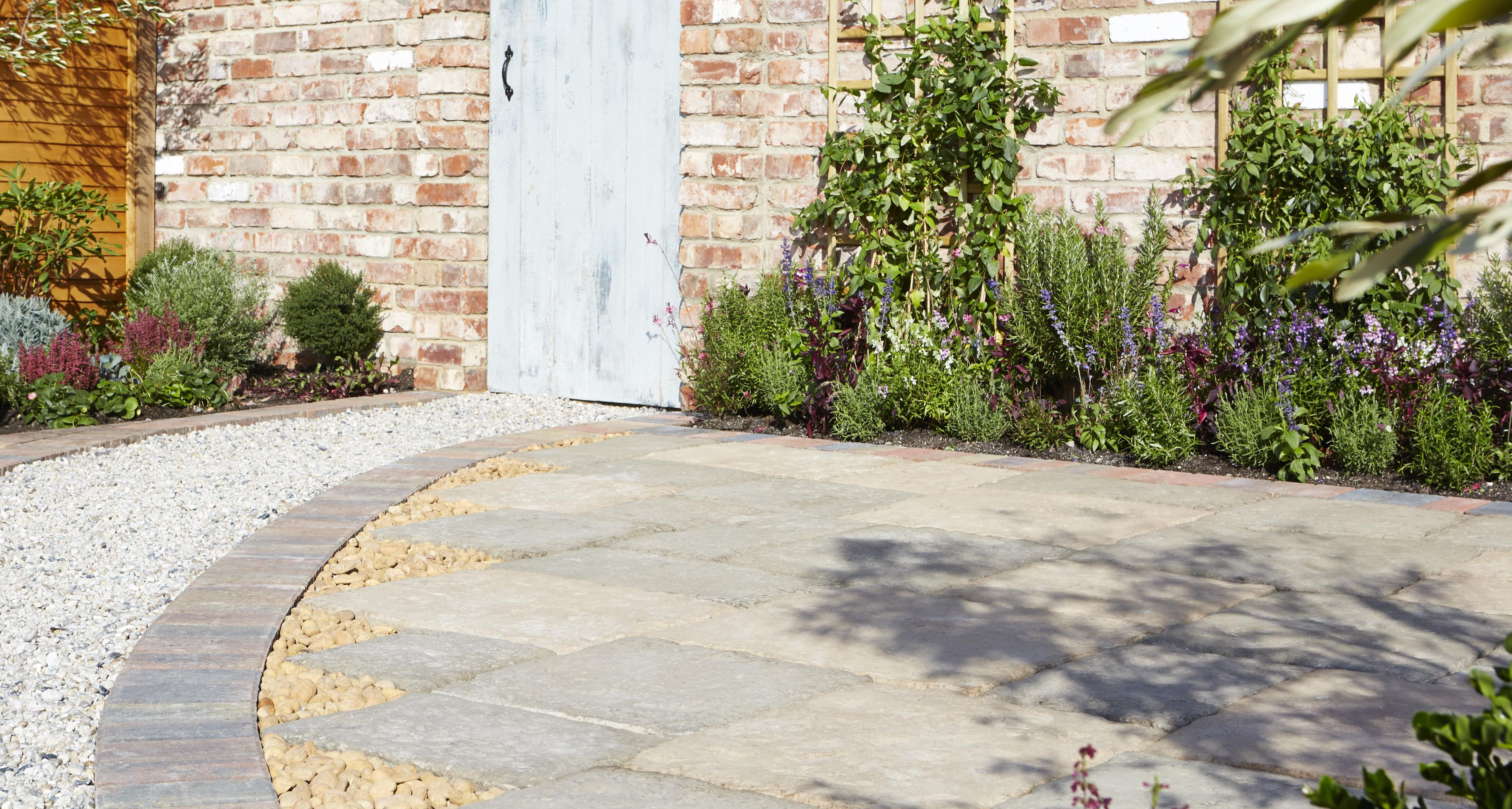 Paving Buying Guide Ideas Amp Advice Diy At B Amp Q