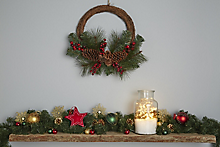Christmas wreaths, garlands & swags buying guide