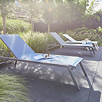 Batz Bright white Metal Sun lounger