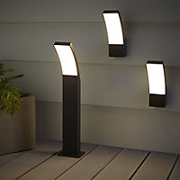 Blooma Gambell Matt Charcoal grey Mains-powered LED Outdoor Wall light 800lm