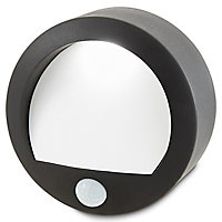 Blooma Melville Black Battery-powered LED Outdoor Bulkhead Wall light