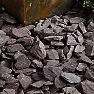 Blooma Plum 40mm Slate Decorative chippings, Large 22.5kg Bag