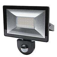 Blooma Weyburn Black Mains-powered Cool white Outdoor LED PIR Motion sensor Floodlight 1600lm