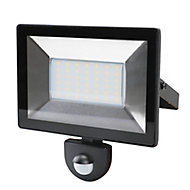 Blooma Weyburn Black Mains-powered Cool white Outdoor LED PIR Motion sensor Floodlight 2400lm