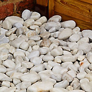Blooma White 40-90mm Stone Rounded pebble, 22.5kg Bag