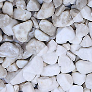 Blooma White Marble Rounded pebbles, Large 22.5kg Bag