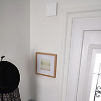 Blyss Madly White Wired Door chime