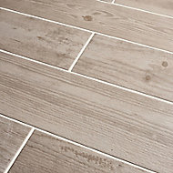 Cotage wood White Matt Wood effect Porcelain Wall & floor tile, Pack of 4, (L)1200mm (W)200mm
