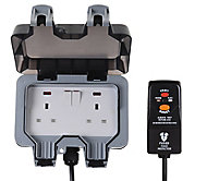 Diall 13A Grey Outdoor Switched Socket & prewired plug