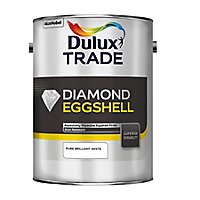 Dulux Trade Diamond Pure brilliant white Eggshell Metal & wood paint, 5L
