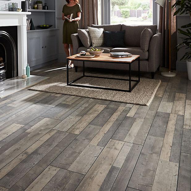 Goodhome Dunwich Grey Oak Effect, Real Wood Effect Laminate Flooring