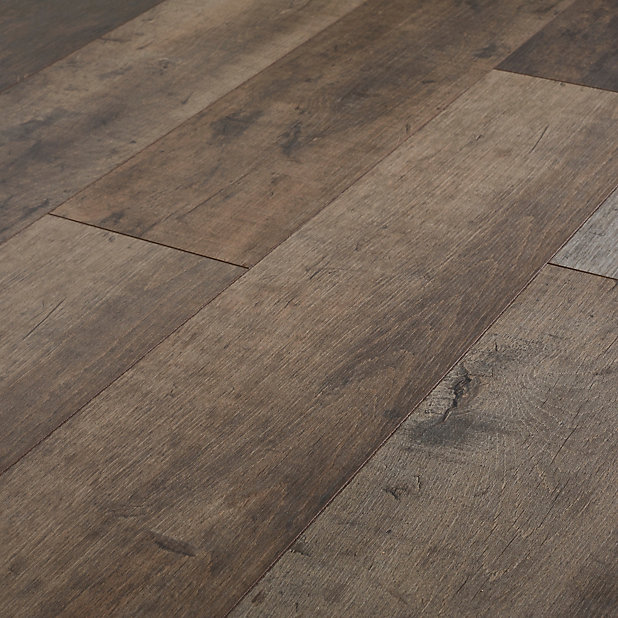 Goodhome Kirton Natural Oak Effect, Real Wood Effect Laminate Flooring