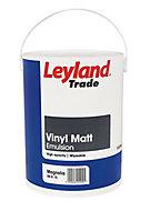 Leyland Trade Magnolia Matt Emulsion paint 5L