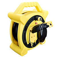 Masterplug 2 socket Cable reel, 20m