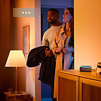 Philips Hue E27 LED Colour changing Classic Dimmable Smart Light bulb