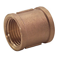 "Plumbsure Threaded Central heating Pipe socket, ½"""