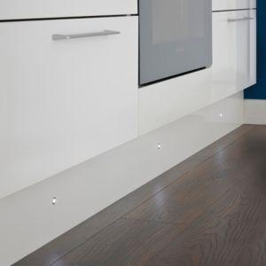IT Kitchens White Glass & Metal LED Plinth Light   Pack of 10