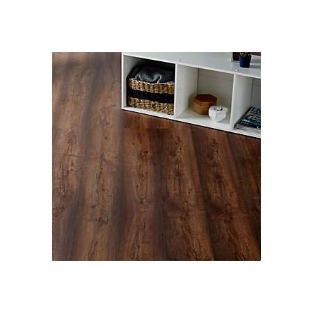 Colours Tamworth Natural Oak Effect Laminate Flooring 2