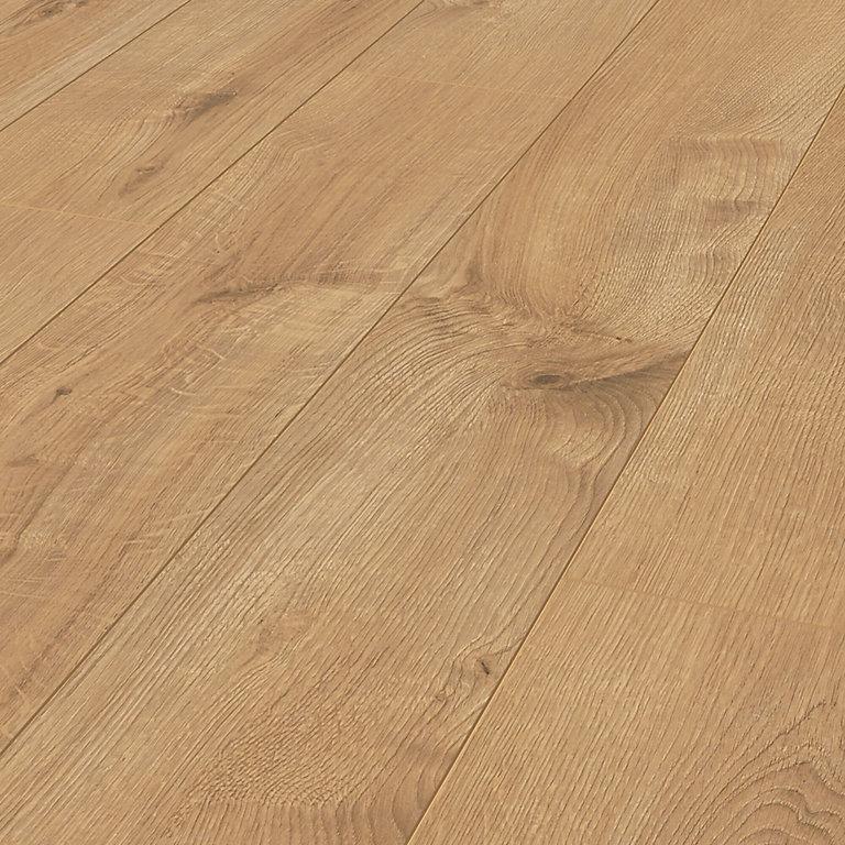 Ravensdale Natural Oak Effect Laminate, Natural Laminate Flooring