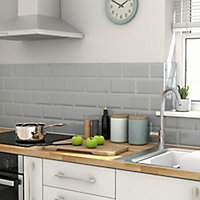 Trentie Grey Gloss Metro Ceramic Tile, Pack of 40, (L)200mm (W)100mm