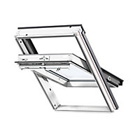 Velux White Timber Centre pivot Roof window, (H)780mm (W)550mm