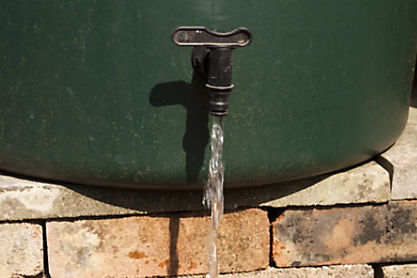 Water flowing from water butt