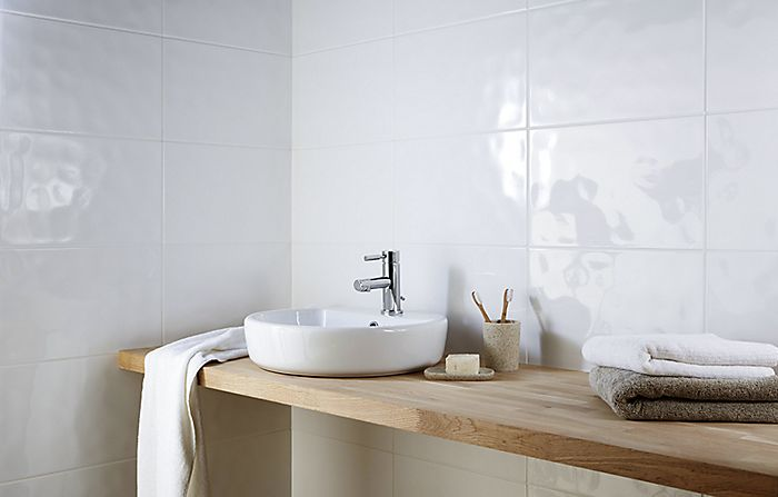 Choosing a wall covering for your bathroom | Ideas ...